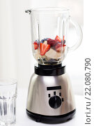 close up of blender shaker with fruits and berries. Стоковое фото, фотограф Syda Productions / Фотобанк Лори