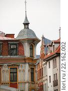 Купить «Узкая средневековая улица в Старом городе Риги, Латвия», фото № 22162002, снято 6 марта 2016 г. (c) Мальцев Артур / Фотобанк Лори