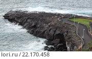 Купить «Мыс из застывшей лавы в заливе El Roque. Атлантический океан. Playa Las Galgas, деревня Playa Paraiso, Tenerife, Canary, Spain», видеоролик № 22170458, снято 30 января 2016 г. (c) Кекяляйнен Андрей / Фотобанк Лори