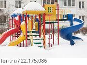 Купить «Детская площадка, занесенная снегом. Зеленоград. Москва», фото № 22175086, снято 2 марта 2016 г. (c) Evgenia Shevardina / Фотобанк Лори