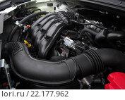 Купить «Двигатель автомобиля Lada Xray», эксклюзивное фото № 22177962, снято 13 марта 2016 г. (c) Вячеслав Палес / Фотобанк Лори