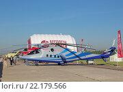 Купить «Международный авиационно-космический салон МАКС-2015. Перспективный скоростной вертолет (ПСВ), летающая лаборатория на базе боевого вертолета Ми-24К», фото № 22179566, снято 25 августа 2015 г. (c) Игорь Долгов / Фотобанк Лори