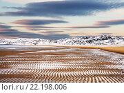 Купить «Побережье Северного Ледовитого океана во время отлива», фото № 22198006, снято 11 марта 2016 г. (c) Наталья Волкова / Фотобанк Лори
