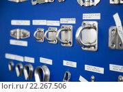 Купить «New cordage assortment on stand close up», фото № 22267506, снято 19 августа 2018 г. (c) Яков Филимонов / Фотобанк Лори