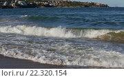 Купить «Summer Sea Coast and Surf Waves», видеоролик № 22320154, снято 28 февраля 2016 г. (c) Юрий Брыкайло / Фотобанк Лори