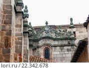 Купить «Detalle de la vida sobre la muerte en la catedral de Ã. vila. Ciudad patrimonio de la Humanidad por la Unesco. Conjunto histórico artístico. Castilla León. España.», фото № 22342678, снято 29 января 2016 г. (c) age Fotostock / Фотобанк Лори