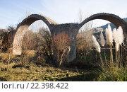 Купить «remains of old bridge in Cardona. Catalonia», фото № 22398422, снято 27 мая 2019 г. (c) Яков Филимонов / Фотобанк Лори