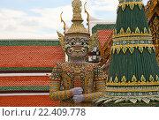 Купить «Таиланд. Бангкок. Королевский дворец», фото № 22409778, снято 11 августа 2015 г. (c) Евгений Тиняков / Фотобанк Лори