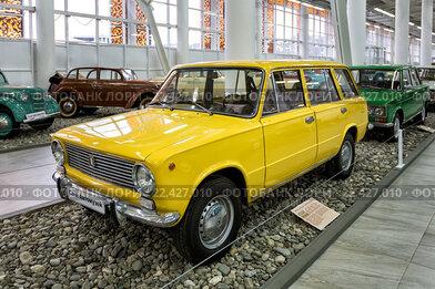 """Автомобиль ВАЗ-2102 """"Жигули"""". """"Сочи Автомузей"""" в Олимпийском парке"""