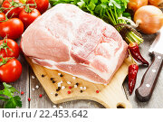 Купить «Свиная корейка», фото № 22453642, снято 2 апреля 2016 г. (c) Надежда Мишкова / Фотобанк Лори