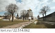 Псковский кремль (2016 год). Редакционное фото, фотограф Александр Рыбин / Фотобанк Лори