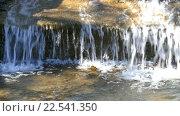 Купить «Небольшой водопад в парке», видеоролик № 22541350, снято 27 марта 2016 г. (c) hank / Фотобанк Лори