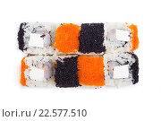 Купить «Японская кухня. Роллы с икрой», фото № 22577510, снято 9 октября 2015 г. (c) Михаил Валеев / Фотобанк Лори