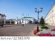 Купить «Казань, территория Казанского кремля», фото № 22583970, снято 25 сентября 2015 г. (c) Старостин Сергей / Фотобанк Лори
