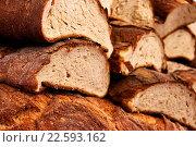 Купить «Sliced bread background», фото № 22593162, снято 18 января 2019 г. (c) easy Fotostock / Фотобанк Лори
