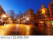 Купить «Night view of Rambla in Barcelona», фото № 22608354, снято 13 марта 2014 г. (c) Яков Филимонов / Фотобанк Лори