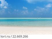 Купить «sea and sky on maldives beach», фото № 22669266, снято 12 февраля 2016 г. (c) Syda Productions / Фотобанк Лори
