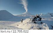 Купить «Ключевской вулкан на Камчатке (4K таймлапс)», видеоролик № 22705022, снято 19 сентября 2018 г. (c) А. А. Пирагис / Фотобанк Лори