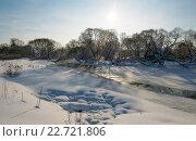 Купить «Зимний солнечный пейзаж в Подмосковье», фото № 22721806, снято 24 января 2016 г. (c) Валерий Боярский / Фотобанк Лори