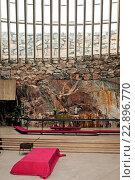 Die Tempel- oder Felsenkirche von Helsinki ist eine besondere Sehenswürdigkeit / The temple- or rock church of Helsinki is worth seeing Die Tempel- oder... Стоковое фото, фотограф Zoonar/P.Jobst / age Fotostock / Фотобанк Лори