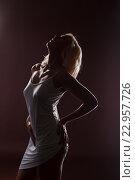 Купить «Стройная блондинка в неглиже», фото № 22957726, снято 20 октября 2014 г. (c) Гурьянов Андрей / Фотобанк Лори