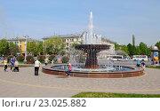 Купить «Город Кемерово. Фонтан», эксклюзивное фото № 23025882, снято 22 мая 2016 г. (c) Цибаев Алексей / Фотобанк Лори