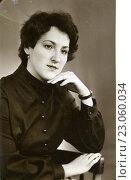 Купить «Портрет девушки», эксклюзивное фото № 23060034, снято 6 декабря 2019 г. (c) Михаил Ворожцов / Фотобанк Лори