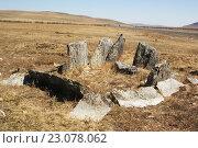 Купить «Забайкалье. Плиточные могилы эпохи гуннов(хуннов) вблизи автодороги А-166(А-350) Чита-Забайкальск», эксклюзивное фото № 23078062, снято 2 мая 2016 г. (c) Валерий Лаврушин / Фотобанк Лори