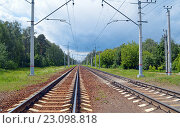 Купить «Два пути железной дороги», фото № 23098818, снято 13 июня 2016 г. (c) Александр Замараев / Фотобанк Лори