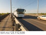 Купить «Мост через реку Самарку», фото № 23112630, снято 11 мая 2016 г. (c) Акиньшин Владимир / Фотобанк Лори