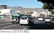 Купить «Движение автомобилей на улицах города Санта Круз де Тенерифе, Канарские острова, Испания», видеоролик № 23117662, снято 18 мая 2016 г. (c) Кекяляйнен Андрей / Фотобанк Лори