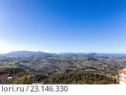Купить «Сан Марино и Апеннинские горы. Вид на гору Монте-Титано», фото № 23146330, снято 6 ноября 2013 г. (c) Евгений Ткачёв / Фотобанк Лори
