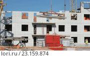 Купить «Строительство дома», видеоролик № 23159874, снято 26 июня 2016 г. (c) worker / Фотобанк Лори