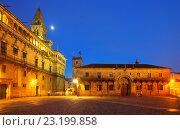 Plaza de Obradoiro in night time. Santiago de Compostela. Стоковое фото, фотограф Яков Филимонов / Фотобанк Лори