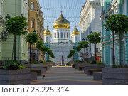 Купить «Обновлённый переулок Соборный», фото № 23225314, снято 3 июля 2016 г. (c) Борис Панасюк / Фотобанк Лори