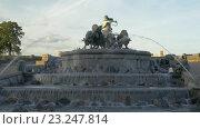 Купить «Sightseeing of Copenhagen. Gefion Fountain», видеоролик № 23247814, снято 17 апреля 2016 г. (c) Данил Руденко / Фотобанк Лори
