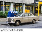 Mercedes-Benz W110 (2013 год). Редакционное фото, фотограф Art Konovalov / Фотобанк Лори