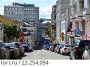 Купить «Звонарский переулок. Мещанский район. Москва», эксклюзивное фото № 23254094, снято 5 июля 2016 г. (c) lana1501 / Фотобанк Лори