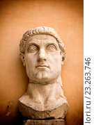 Купить «bust of the Colossal Statue of Emperor Constantine at the Capitolini Museums, Palazzo dei Conservatori,,Rome, Italy.», фото № 23263746, снято 8 июня 2016 г. (c) age Fotostock / Фотобанк Лори