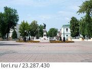 Купить «Памятник Ленину в городе Оренбург», фото № 23287430, снято 23 июня 2016 г. (c) Татьяна Кахилл / Фотобанк Лори