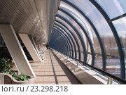 Москва-Сити. Багратионовский мост. Вид изнутри (2015 год). Редакционное фото, фотограф Краснобай Александр / Фотобанк Лори