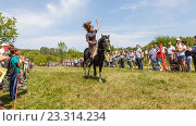 Купить «Девочка-казачка скачет на лошади», фото № 23314234, снято 18 июня 2016 г. (c) Акиньшин Владимир / Фотобанк Лори