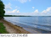 Купить «Аргазинское водохранилище», эксклюзивное фото № 23314458, снято 19 мая 2019 г. (c) Staryh Luiba / Фотобанк Лори