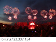 Фейерверк. Стоковое фото, фотограф Алена Перфилова / Фотобанк Лори