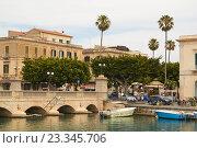Купить «Остров Ортиджа в итальянском городе Сиракузы (Сицилия)», фото № 23345706, снято 4 июня 2016 г. (c) Хименков Николай / Фотобанк Лори