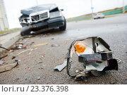 Купить «Car crash accident on street», фото № 23376398, снято 4 апреля 2015 г. (c) Дмитрий Калиновский / Фотобанк Лори