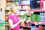 woman shopping air freshener or deodorant, фото № 23382166, снято 5 декабря 2011 г. (c) Дмитрий Калиновский / Фотобанк Лори