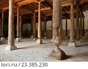 Купить «Старая мечеть в Хиве, Узбекистан», фото № 23385230, снято 1 мая 2014 г. (c) Надежда Болотина / Фотобанк Лори