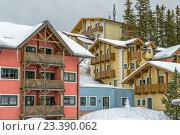 Купить «Отель на горнолыжном курорте в австрийских Альпах», фото № 23390062, снято 16 января 2014 г. (c) Евгений Дробжев / Фотобанк Лори