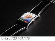 Купить «close up of smart watch with incoming call», фото № 23404178, снято 11 ноября 2015 г. (c) Syda Productions / Фотобанк Лори
